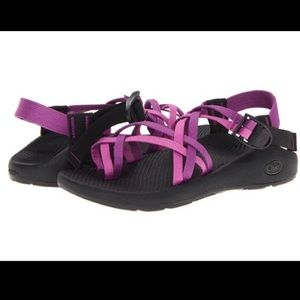 Double strap chacos size 6 purple
